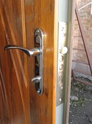 Дверь металлическая с МДФ накладкой