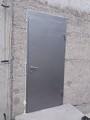 Дверь окрашена молотковой краской и влагостойкий МДФ Винорит