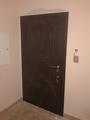 Пример установки входных бронированных дверей в квартире в Днепропетровске