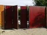 Ворота из профлиста с двух сторон