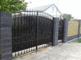 Ворота с элементами ковки в Днепре