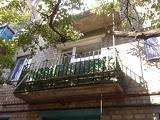 До установки балконной решетки